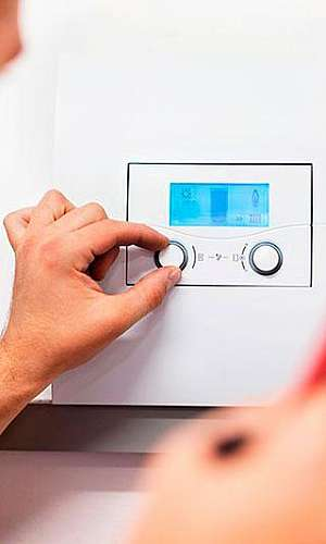 Manutenção de aquecedor a gás